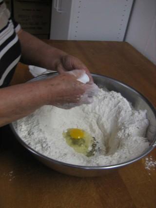 Eggscrack_4